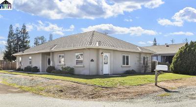 Lockeford Single Family Home For Sale: 13686 E Highway 88