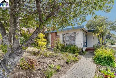 Oakland Single Family Home For Sale: 3836 Forest Hill Ave