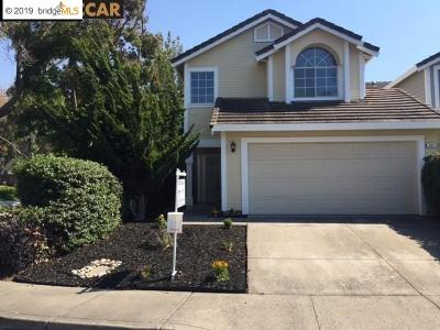 Pinole Single Family Home For Sale: 517 Dohrmann Ln