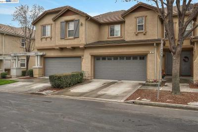 Brentwood CA Condo/Townhouse New: $447,000