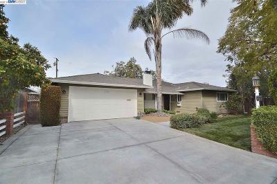 Santa Clara Single Family Home For Sale: 1782 Scott Blvd