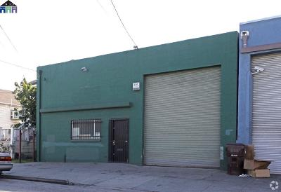 Oakland Commercial For Sale: 2871 E 7th Street