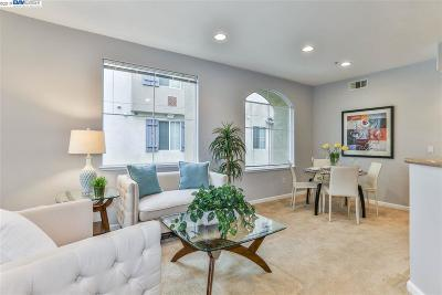 Milpitas CA Condo/Townhouse For Sale: $899,999