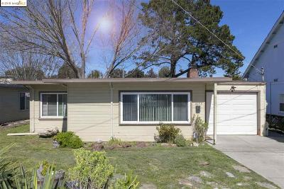 El Sobrante Single Family Home Pending Show For Backups: 4653 Canyon Rd