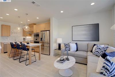 Fremont Condo/Townhouse For Sale: 39157 Declaration Street