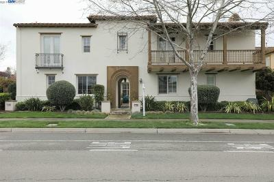 San Ramon Condo/Townhouse For Sale: 7790 Stoneleaf Rd