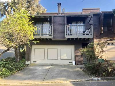 El Sobrante Condo/Townhouse For Sale: 1 Canary Ln