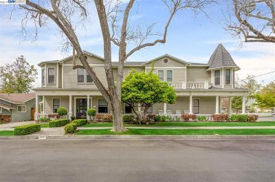 Pleasanton Single Family Home For Sale: 4625 2nd Street
