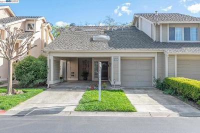 Pleasanton Condo/Townhouse For Sale: 1507 Trimingham Dr