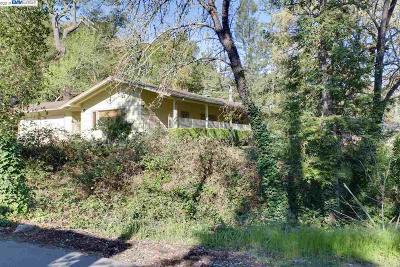 Orinda Single Family Home For Sale: 2 Monte Veda