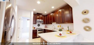 Sunnyvale Condo/Townhouse For Sale: 202 Peppermint Tree Ter #5