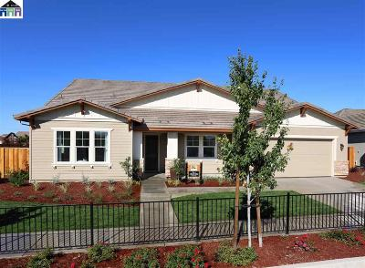 Oakley CA Single Family Home New: $644,000