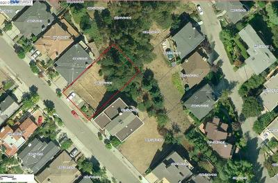 Oakland Residential Lots & Land For Sale: 5200 Cochrane Ave