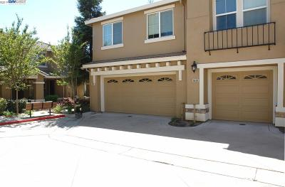 Livermore Condo/Townhouse For Sale: 6634 Forget Me Not