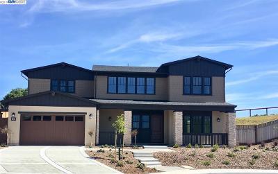 Moraga Single Family Home For Sale: 225 Sonora Road
