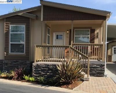 Pleasanton Mobile Home For Sale: 3263 Vineyard Avenue