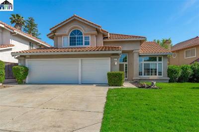 Antioch Single Family Home For Sale: 2221 Asilomar Dr