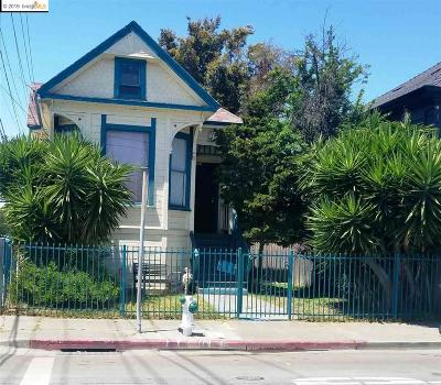 Oakland Single Family Home For Sale: 2103 Myrtle St