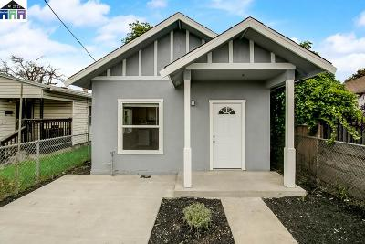 Oakland Single Family Home For Sale: 10628 Pearmain St