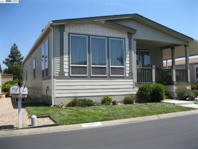 Hayward Mobile Home For Sale: 29332 Nantucket Way
