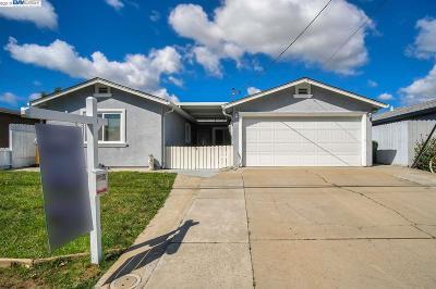 Fremont Single Family Home For Sale: 40414 Davis St