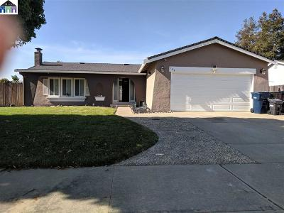 Livermore Single Family Home For Sale: 164 Topaz