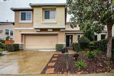 San Leandro Single Family Home Back On Market: 15541 Oceanside Way