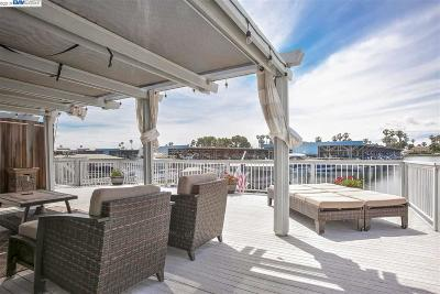 Discovery Bay Condo/Townhouse For Sale: 5706 Marlin Dr