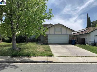 Antioch Single Family Home For Sale: 2825 Hayes Way
