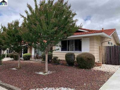 Concord Single Family Home For Sale: 5157 Greenmeadow Drive
