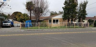 Hayward Multi Family Home For Sale: 24888 2nd St