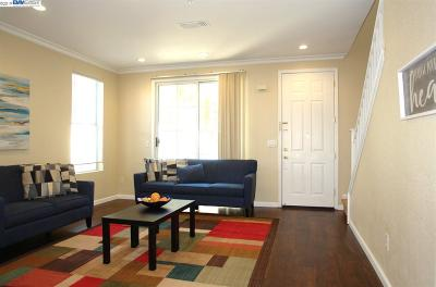 Union City Condo/Townhouse For Sale: 4168 Glenwood Ter #3