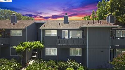 Fremont Condo/Townhouse For Sale: 39784 Bissy Cmn