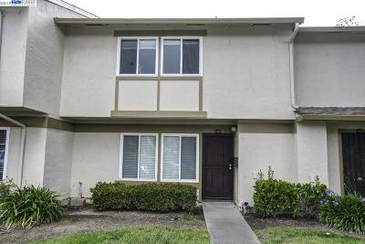Fremont Condo/Townhouse For Sale: 36906 Bolina Ter