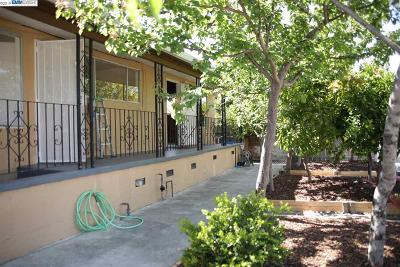 Richmond Single Family Home For Sale: 1800 Tulare Ave