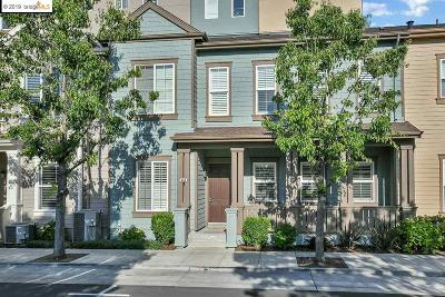 Pittsburg Condo/Townhouse Pending Show For Backups: 643 Black Diamond Street