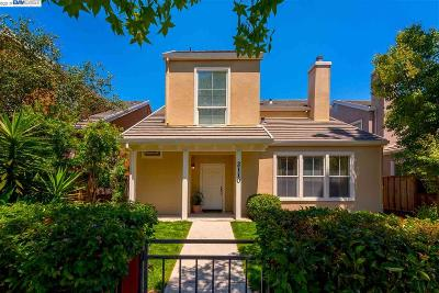 Mountain View Single Family Home For Sale: 2110 California St
