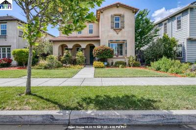 Tracy Single Family Home For Sale: 679 W Esplanade