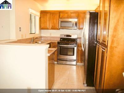 Fremont Condo/Townhouse For Sale: 3507 Buttonwood Ter #303
