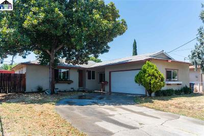 Concord Single Family Home For Sale: 2467 Tanager Cir