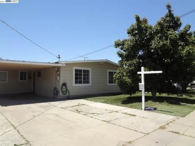Fremont Single Family Home For Sale: 40439 Marcia St