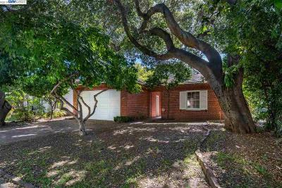 Alameda Single Family Home For Sale: 1237 Saint Charles St