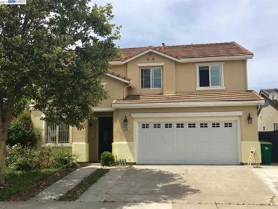 Stockton Single Family Home For Sale: 2703 Hedo Place