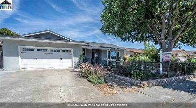Union City Single Family Home For Sale: 2465 Almaden Blvd