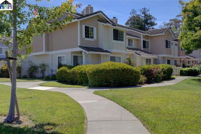Fremont Condo/Townhouse For Sale: 34731 Beret Terrace