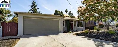 Pinole Single Family Home For Sale: 2823 Estates Ave