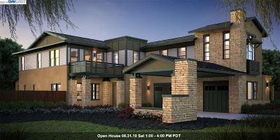 Moraga Single Family Home For Sale: 223 Sonora Road