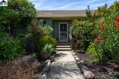 El Cerrito Single Family Home For Sale: 2417 Edwards Ave