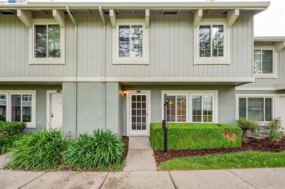 Pleasanton Condo/Townhouse For Sale: 4472 Comanche Way