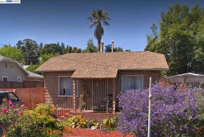 Oakland Single Family Home For Sale: 2815 Oliver Ave